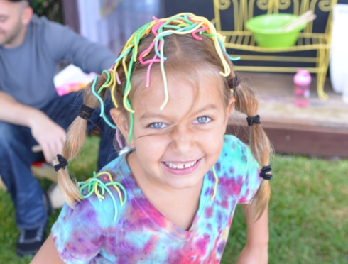 rainbow spaghetti play group
