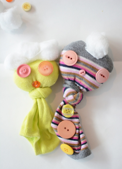 Heart sock puppets craft for kids