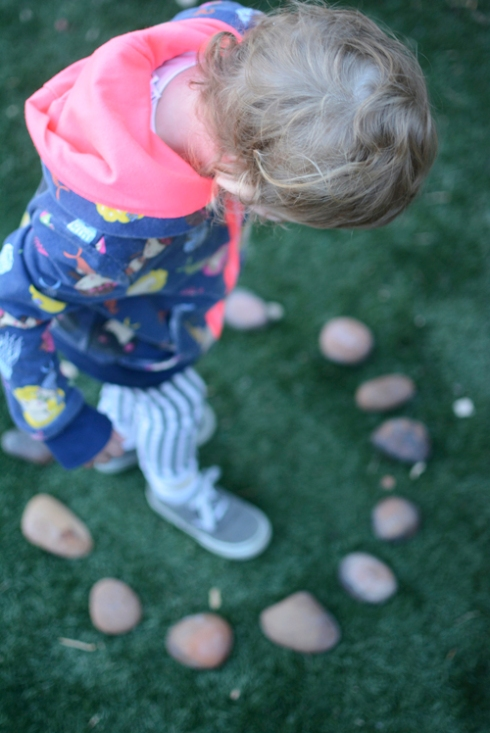 Inspirations in nature - playing with rocks